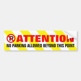 Le blanc jaune barre le stationnement interdit autocollant de voiture