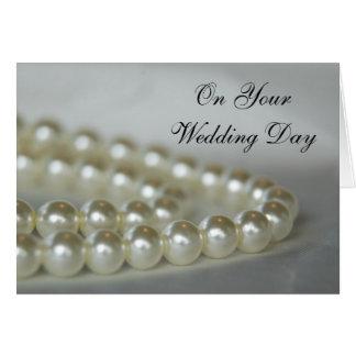 Le blanc perle le jour du mariage cartes