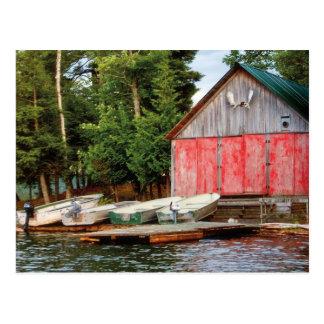"""Le """"Boathouse"""", le Canada dehors aménagent la Carte Postale"""