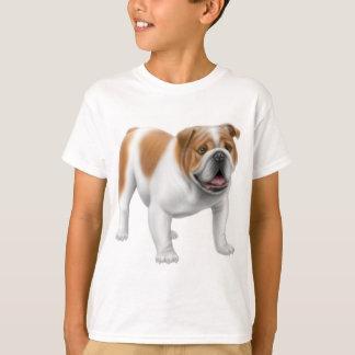 Le bouledogue anglais badine le T-shirt