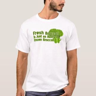Le brocoli frais est les T-shirts méchants