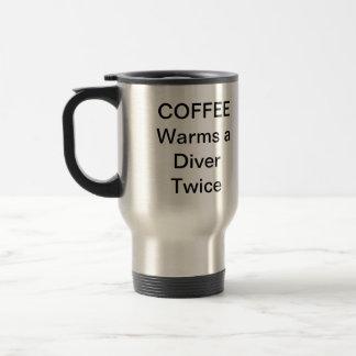 Le café chauffe un plongeur voyagent deux fois mug de voyage