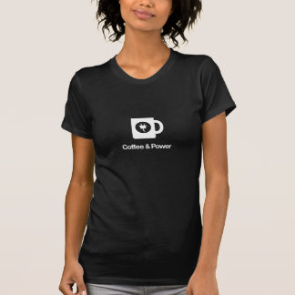 Le café des femmes et T-shirt de puissance (foncé)