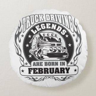 Le camion conduisant des légendes sont né en coussins ronds