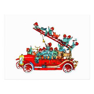 Le camion de pompiers badine la carte postale