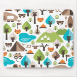 Le camping mignon d'ours de renard badine le mouse tapis de souris