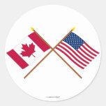 Le Canada et les drapeaux croisés par Etats-Unis Autocollants
