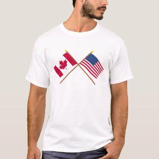 Le Canada et les drapeaux croisés par Etats-Unis T-shirt