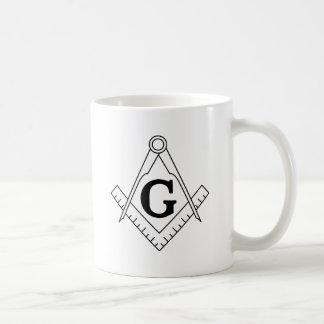 Le carré et le symbole de franc-maçonnerie de mug