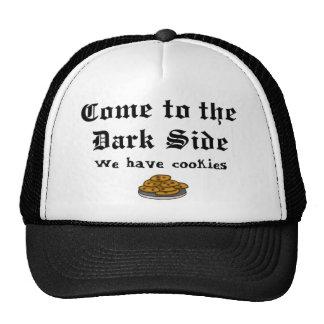 Le casquette de comédie, viennent au côté en noir
