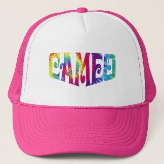 Le casquette rose avec teignent en nouant le logo