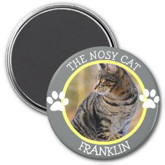 LE CAT FOUINEUR : Bouton humoristique de photo de Magnet Rond 7,50 Cm