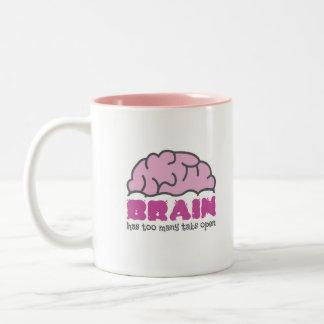 Le cerveau a trop d'étiquettes ouvertes tasse 2 couleurs