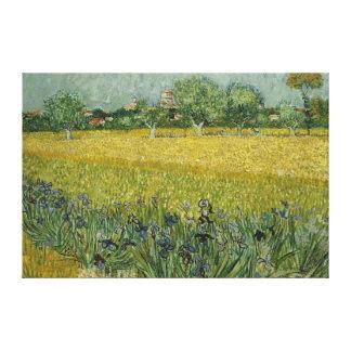 Le champ avec des fleurs s'approchent de la toile toiles