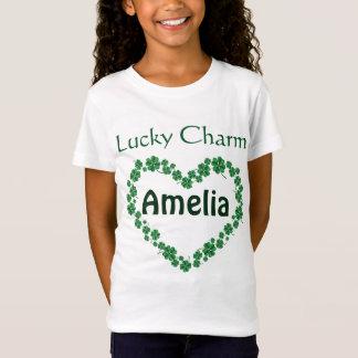 Le charme chanceux nommé personnalisé par jour de T-Shirt