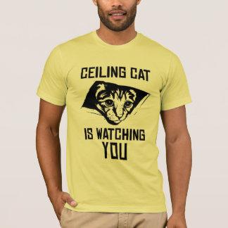 Le chat de plafond vous observe ! t-shirt