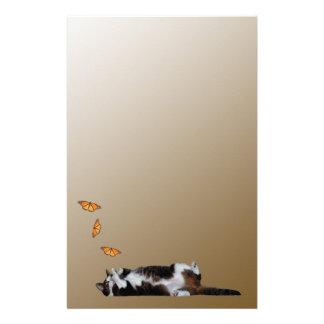 Le chat et le papillon papiers à lettres