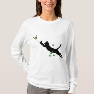 Le chat et le papillon t-shirt