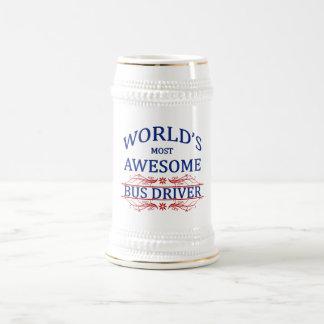 Le chauffeur du bus le plus impressionnant du chope à bière