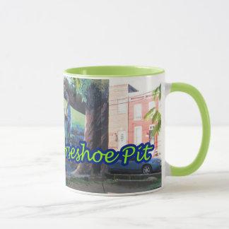 Le cheval vert de Pigtown de l'espace de Baltimore Mug