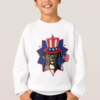 Le chien patriotique de boxeur badine le sweatshirt