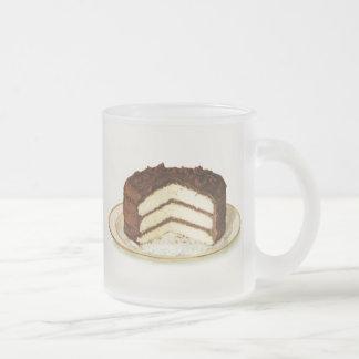 Le chocolat vintage a glacé le gâteau de couche mug en verre givré