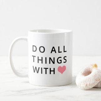 Le chrétien attaque | toutes les choses avec amour mug
