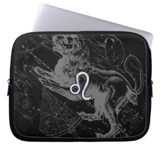 Le chrome comme le zodiaque de Lion se connectent Housse Pour Ordinateur Portable