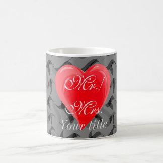 Le coeur mignon de M./Mme Monogram couple la tasse