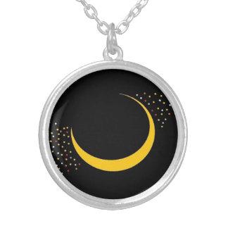 Le collier de lune et d'étoiles de Cresent par