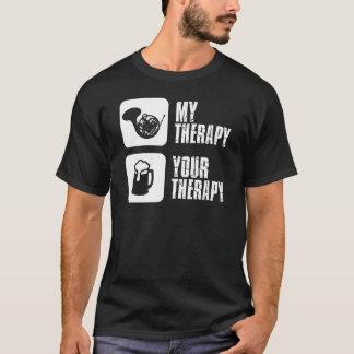 le cor de harmonie est ma thérapie t-shirt