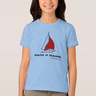 Le croiseur dans la formation badine le T-shirt