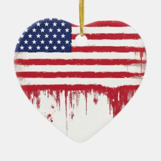 Le cru de drapeau américain éclabousse ornement cœur en céramique