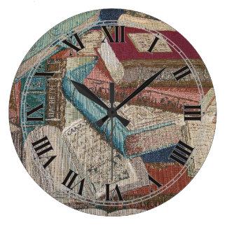 Le cru décoratif réserve l'horloge murale