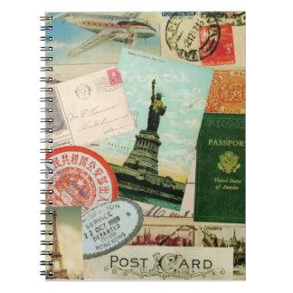Le cru emboutit et le carnet de voyage de cartes p