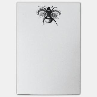 Le cru gaffent l abeille note autocollante