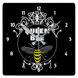 Le cru mignon a inspiré le graphique Girly Horloge Carrée