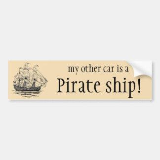 Le cru pirate le galion, croquis d'un bateau autocollant de voiture