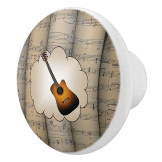 Le ~ de nuage de ~ de guitare a roulé le ~ bouton de porte en céramique