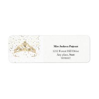 Le diadème d'or de Mlle Amérique tient le premier Étiquette D'adresse Retour