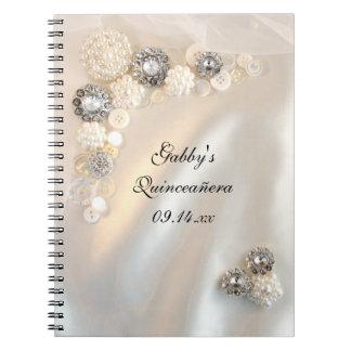 Le diamant blanc de perle boutonne le livre
