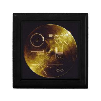 Le disque d'or de Voyager Petite Boîte À Bijoux Carrée