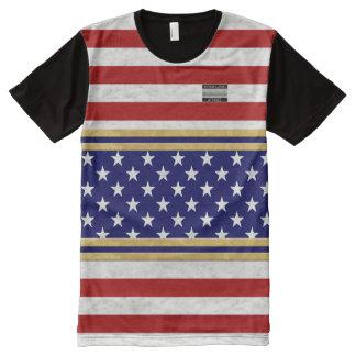 Le drapeau de l'Amérique colore le T-shirt de