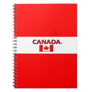 Le drapeau du Canada colore le carnet moderne