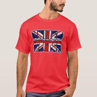 Le drapeau du Royaume-Uni colore le T-shirt