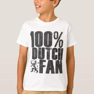 Le fan néerlandais de 100% badine le T-shirt
