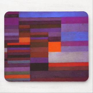 Le feu de Paul Klee dans le tapis de souris de soi