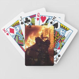 Le feu de structure cartes à jouer