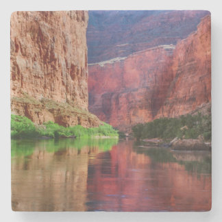 Le fleuve Colorado en canyon grand, AZ Dessous-de-verre En Pierre