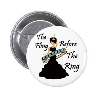 Le Fling avant l'arrière - plan de blanc d'anneau Pin's